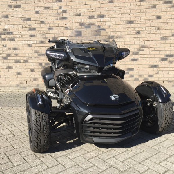 222 Can-am Spyder F3-T LTD