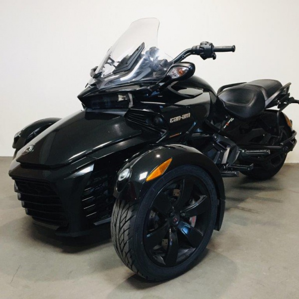 222 Can-Am Spyder F3 1330 SE