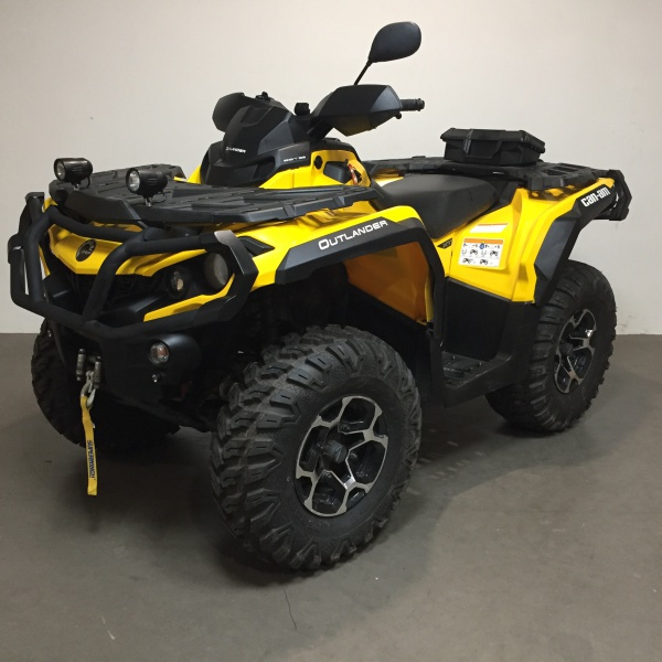 222 Can-am Outlander 800 incl kenteken